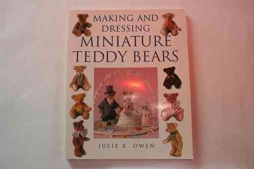 MAKING AND DRESSING MINIATURE BEARS